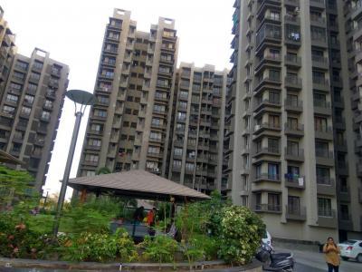 Gallery Cover Image of 1350 Sq.ft 2 BHK Apartment for buy in Aroma Tirupati Aakruti Greenz, Chharodi for 4400000