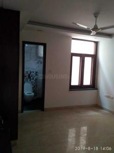 Gallery Cover Image of 2000 Sq.ft 3 BHK Independent Floor for rent in Tagore Garden Extension for 45000