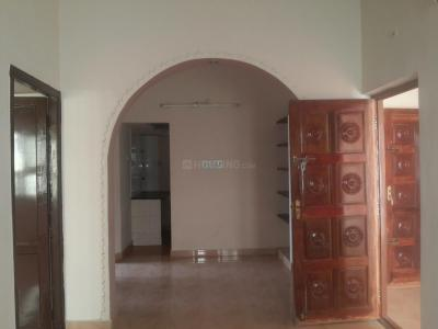 Gallery Cover Image of 2000 Sq.ft 5 BHK Independent House for rent in Velachery for 40000