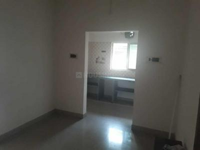 Gallery Cover Image of 750 Sq.ft 2 BHK Independent Floor for rent in Baranagar for 8000