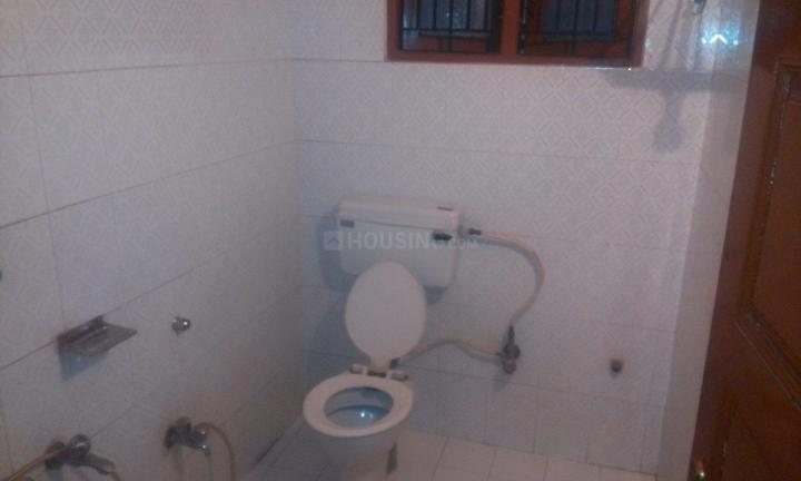 Bathroom Image of 1080 Sq.ft 2 BHK Independent House for rent in Basaveshwara Nagar for 18000