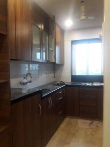 Gallery Cover Image of 1070 Sq.ft 2 BHK Apartment for rent in Supreme Signet, Khar West for 90000