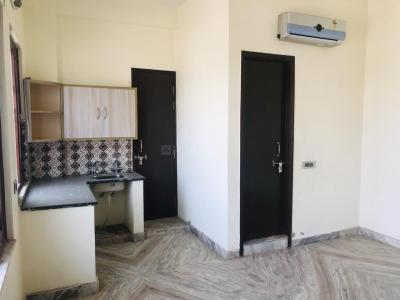 Gallery Cover Image of 875 Sq.ft 1 BHK Apartment for rent in Surajpur for 7000