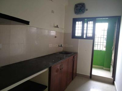 Gallery Cover Image of 610 Sq.ft 1 BHK Independent House for rent in Iyyappanthangal for 11000