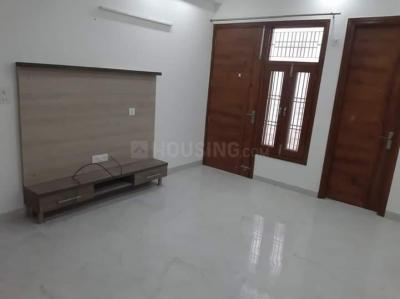 Gallery Cover Image of 1400 Sq.ft 3 BHK Independent Floor for rent in DLF Phase 1 for 35000