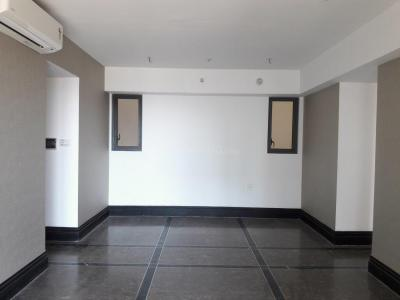 Gallery Cover Image of 1400 Sq.ft 2 BHK Apartment for buy in Sion for 32500000