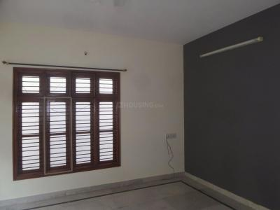 Gallery Cover Image of 1350 Sq.ft 2 BHK Independent Floor for rent in Sahakara Nagar for 17000