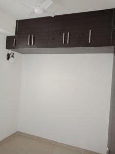 Gallery Cover Image of 1465 Sq.ft 3 BHK Apartment for rent in Noida Extension for 9000