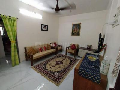 Gallery Cover Image of 840 Sq.ft 2 BHK Apartment for buy in Raviprabha Society, Goregaon East for 13500000