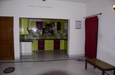 Gallery Cover Image of 1000 Sq.ft 2 BHK Independent Floor for rent in Ballupur for 5900