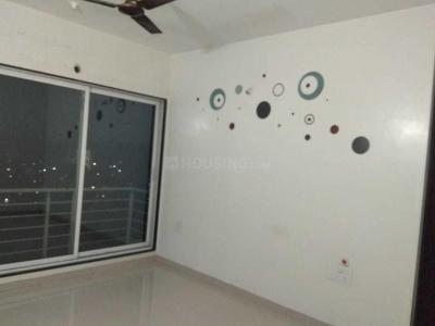 Gallery Cover Image of 1550 Sq.ft 3 BHK Apartment for rent in Borivali East for 48000