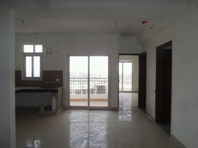 Gallery Cover Image of 1425 Sq.ft 3 BHK Apartment for rent in Wave City for 7800