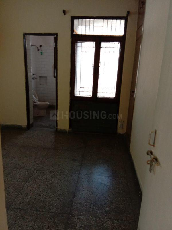 Bedroom Image of 1550 Sq.ft 4 BHK Apartment for rent in Sector 29 for 15000