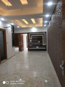 Gallery Cover Image of 1500 Sq.ft 3 BHK Apartment for buy in Gyan Khand for 6300000