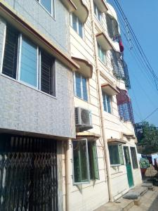 Gallery Cover Image of 666 Sq.ft 2 BHK Independent Floor for buy in Dakshineswar for 3000000