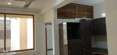 Gallery Cover Image of 1600 Sq.ft 3 BHK Apartment for rent in Sector 5 Dwarka for 25000