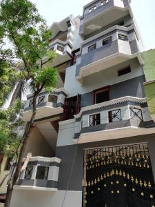 Gallery Cover Image of 550 Sq.ft 1 BHK Apartment for rent in Tiruvottiyur for 8200