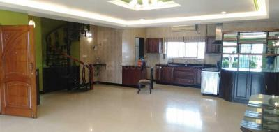 Gallery Cover Image of 4000 Sq.ft 4 BHK Independent Floor for rent in Shanti Nagar for 90000