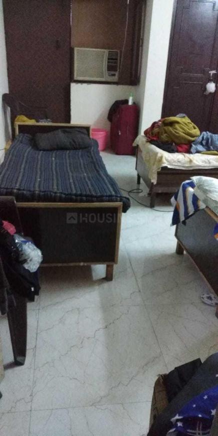 Bedroom Image of PG 4040613 Sarita Vihar in Sarita Vihar