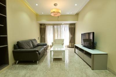 Gallery Cover Image of 1500 Sq.ft 3 BHK Apartment for buy in Santacruz East for 31100000