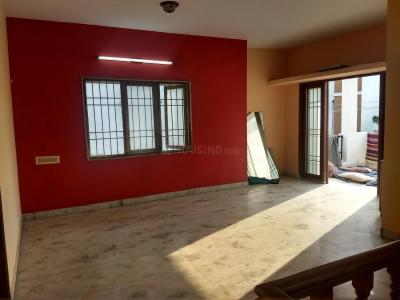 Gallery Cover Image of 1800 Sq.ft 3 BHK Independent Floor for rent in Kolapakkam for 16500