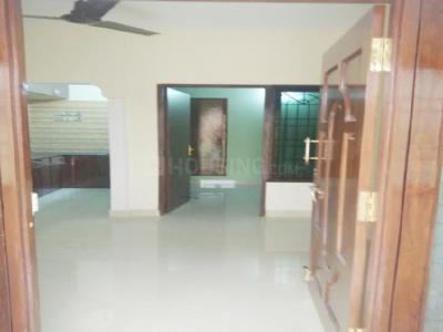 Gallery Cover Image of 654 Sq.ft 2 BHK Apartment for rent in Teynampet for 25000