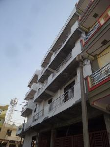 Gallery Cover Image of 1000 Sq.ft 3 BHK Apartment for buy in Shastri Nagar for 3100000