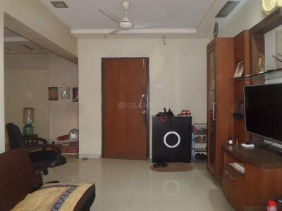 Gallery Cover Image of 1200 Sq.ft 3 BHK Apartment for rent in Andheri West for 50000