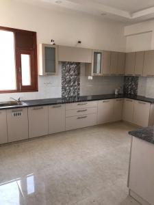 Gallery Cover Image of 1620 Sq.ft 4 BHK Apartment for rent in Vasant Kunj for 45000