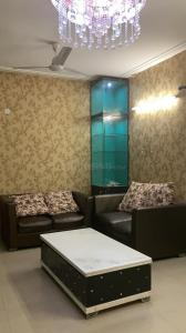 Gallery Cover Image of 1035 Sq.ft 2 BHK Apartment for rent in Aims Golf Avenue 2, Sector 75 for 18000