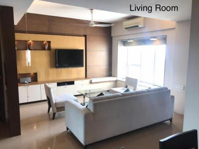 Gallery Cover Image of 1580 Sq.ft 3 BHK Apartment for rent in Avarsekar Heights, Worli for 130000