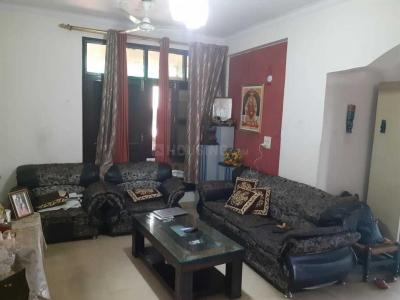 Gallery Cover Image of 2000 Sq.ft 3 BHK Apartment for rent in Sector 23 Dwarka for 43000