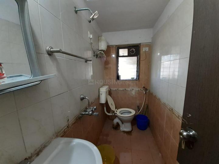गोरेगांव ईस्ट में गोरेगांव ईस्ट के बाथरूम की तस्वीर
