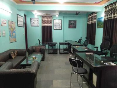 Gallery Cover Image of 504 Sq.ft 1 RK Apartment for rent in Sector 25 Rohini for 18000
