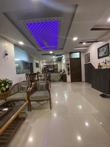 Gallery Cover Image of 1800 Sq.ft 4 BHK Independent Floor for buy in South Extension I for 17500000