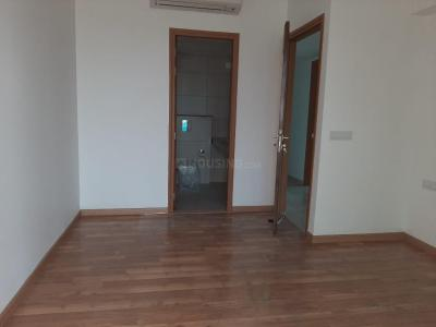 Gallery Cover Image of 1580 Sq.ft 2 BHK Apartment for rent in Tata Housing Gurgaon Gateway, Sector 112 for 26000