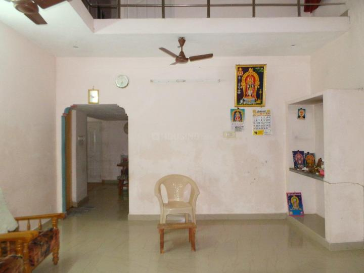 Living Room Image of 2050 Sq.ft 1 BHK Independent House for rent in Mudichur for 3000