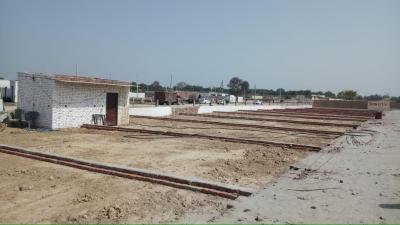 900 Sq.ft Residential Plot for Sale in Sector 18, Noida