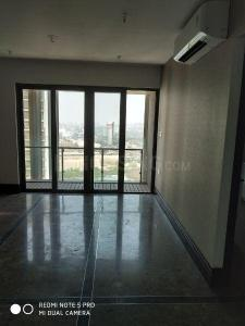 Gallery Cover Image of 8000 Sq.ft 1 BHK Apartment for buy in Sion for 15500000