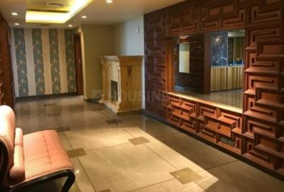 Gallery Cover Image of 6500 Sq.ft 4 BHK Apartment for rent in Sector 42 for 380000