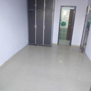 Gallery Cover Image of 1100 Sq.ft 3 BHK Independent Floor for rent in DDA Delhi Dwarka Awas Yojna, Sector 23B Dwarka for 20000