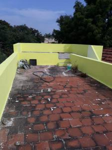 Gallery Cover Image of 1200 Sq.ft 2 BHK Independent House for buy in Srinivasapuram for 3000000
