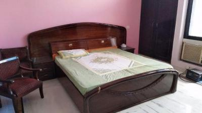 Gallery Cover Image of 1500 Sq.ft 2 BHK Independent Floor for rent in Sector 52 for 25000