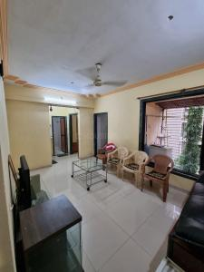 Gallery Cover Image of 650 Sq.ft 1 BHK Apartment for rent in Shreeji Milap C.H.S, Seawoods for 24000
