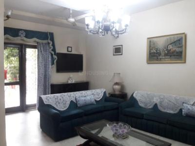 Living Room Image of PG 3885260 Sarita Vihar in Sarita Vihar