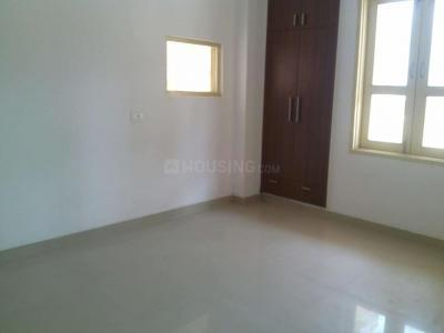 Gallery Cover Image of 1400 Sq.ft 3 BHK Apartment for buy in VVIP Addresses, Raj Nagar Extension for 6050000