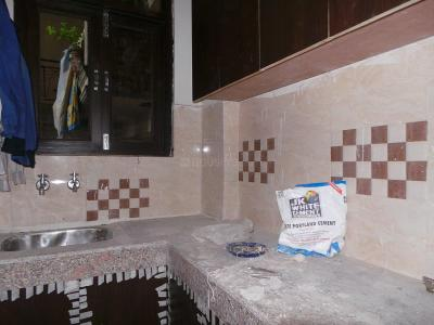 Kitchen Image of 630 Sq.ft 2 BHK Apartment for buy in Chhattarpur for 3100000