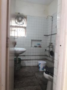 Bathroom Image of PG 3885366 Sarita Vihar in Sarita Vihar