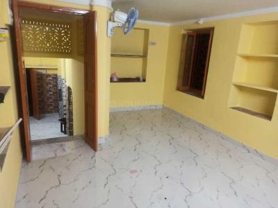 Gallery Cover Image of 1000 Sq.ft 2 BHK Independent House for rent in Maniktala for 16000