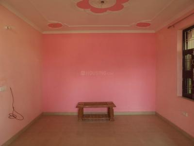 Gallery Cover Image of 1080 Sq.ft 2 BHK Independent Floor for rent in Sector 3 for 13000